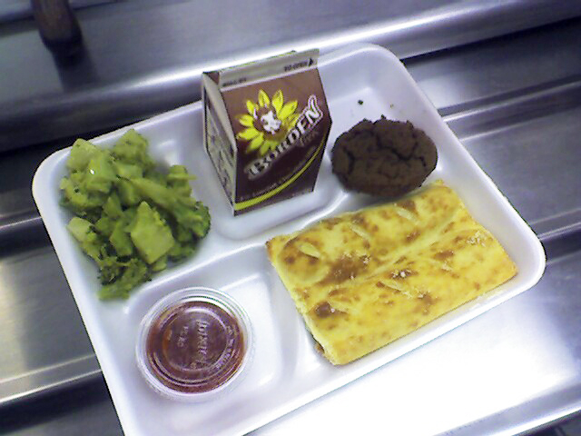 Students are eating less, throwing out more fruits and vegetables in their lunch. (wikipedia)
